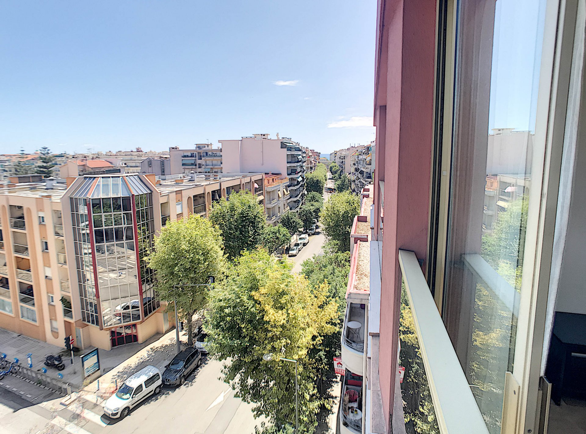 SALE Apartment 1 Room 28M2 Nice Grosso Open Views Top Floor