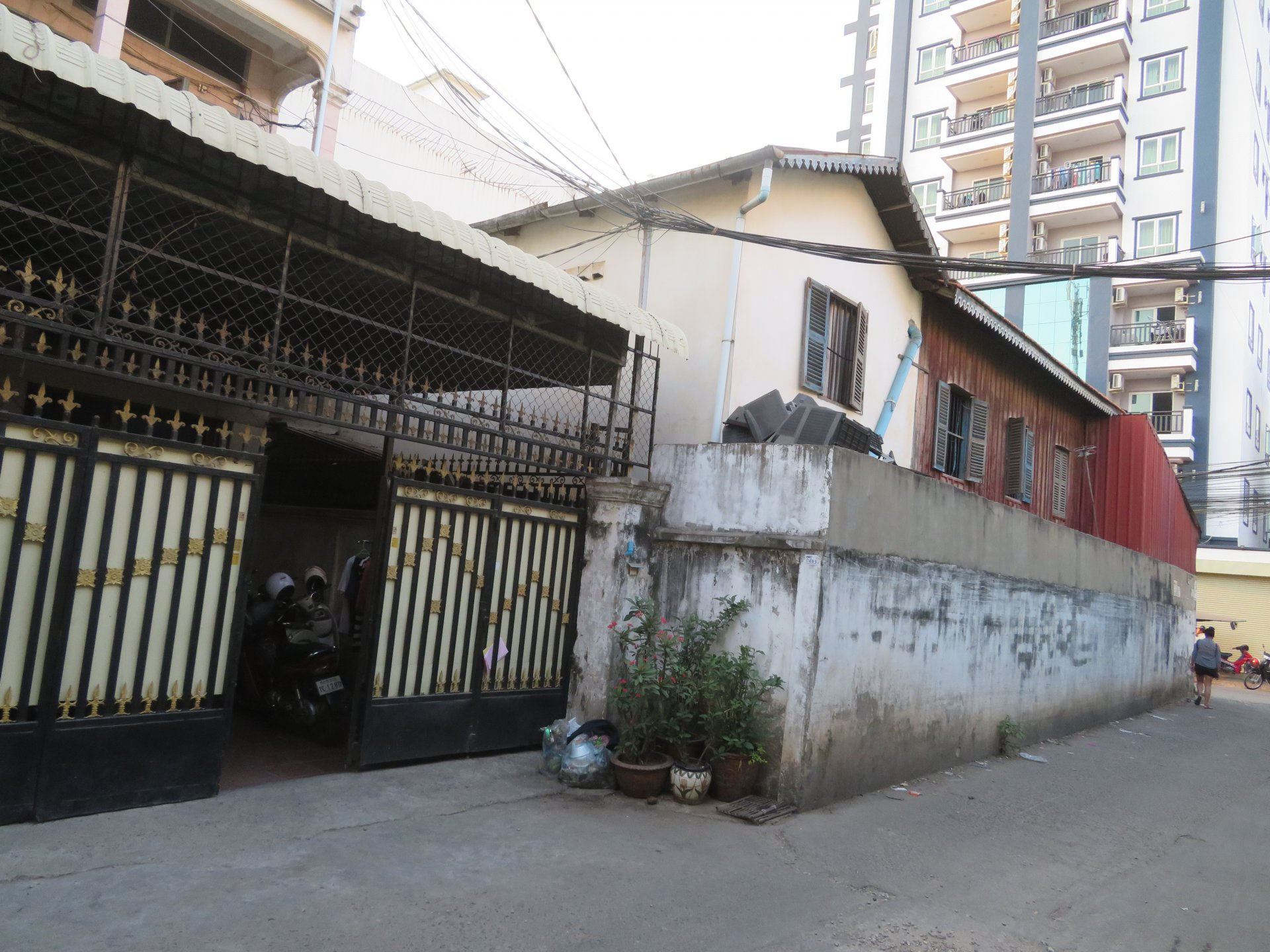 Two Adjoining Flat House For Sale