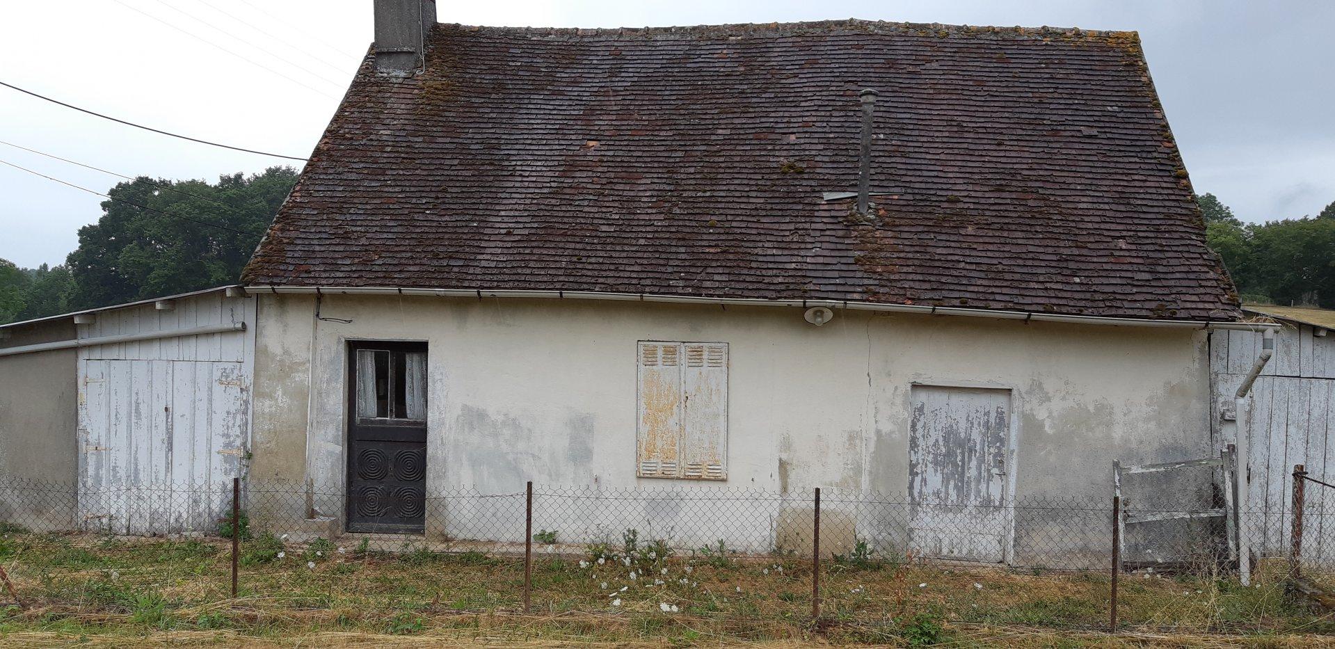 Petite maison bien située a la campagne et proche forêt