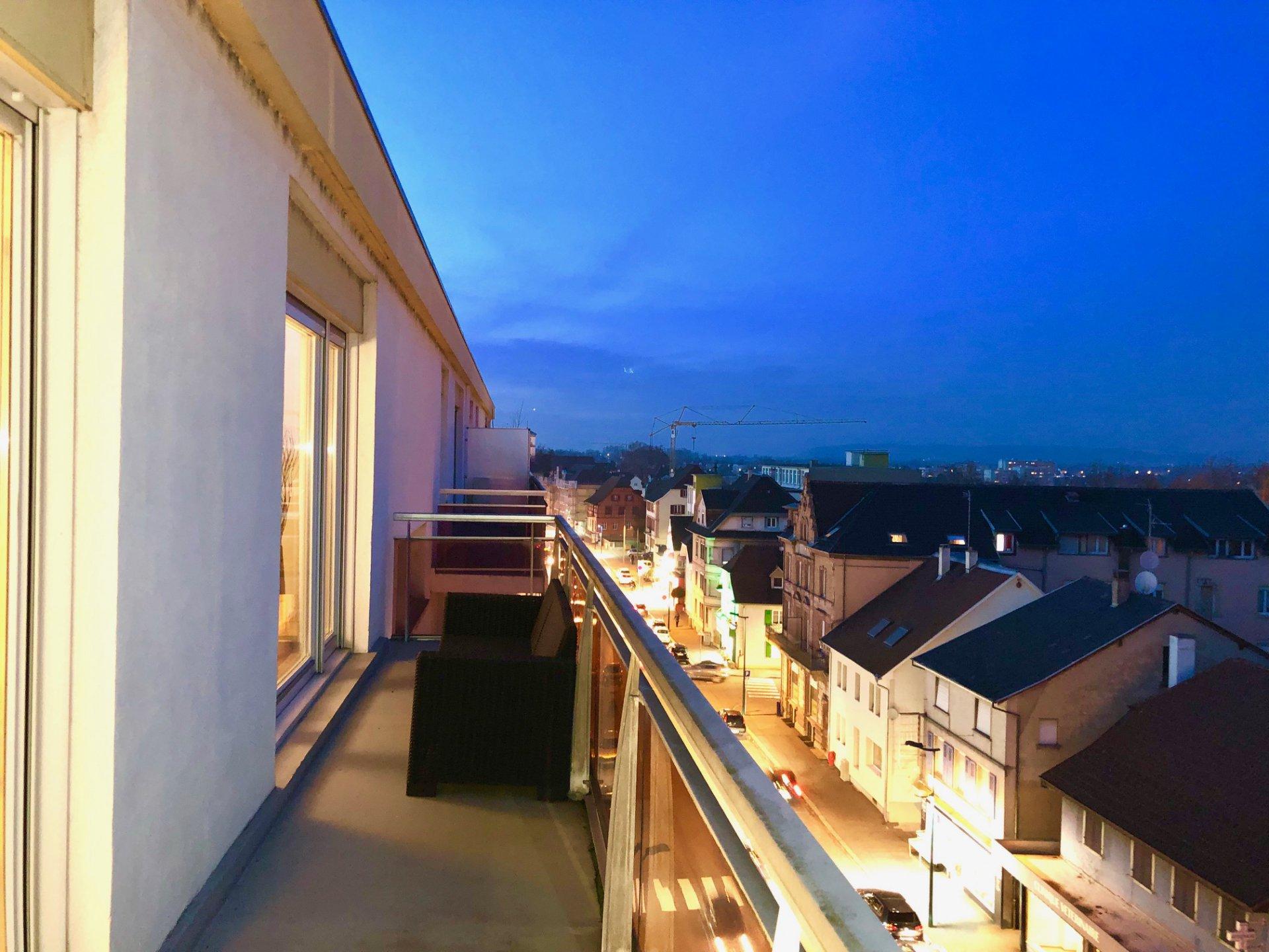 Appartement de standing avec deux balcons
