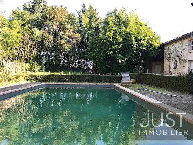 Villefranche, mansion with pool on 8300 m2