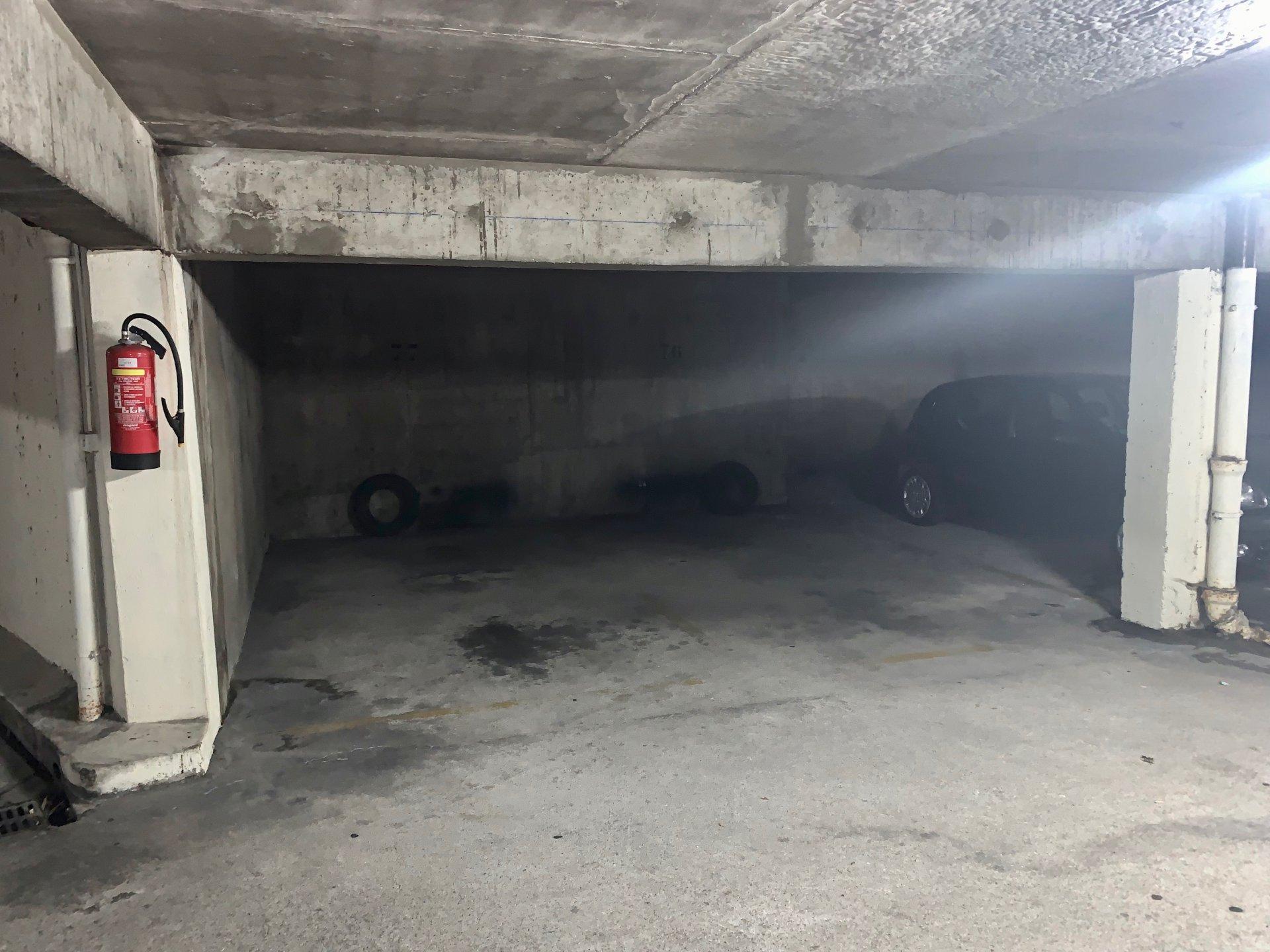 Sale Parking - Charenton-le-Pont
