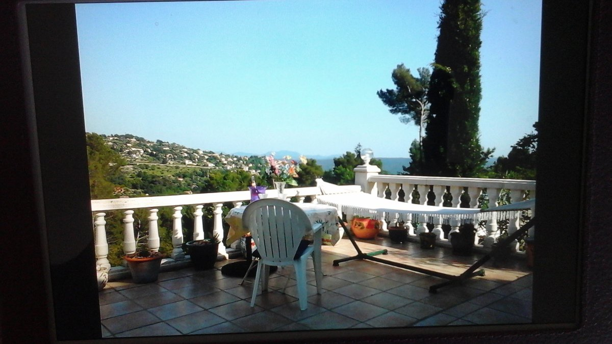 Villa in Fayence with a view