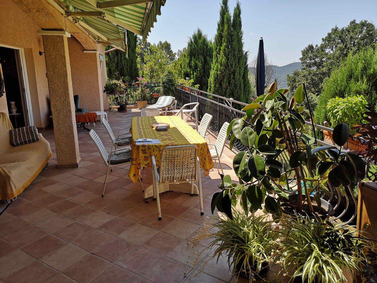 Villa avec vue  à Montauroux