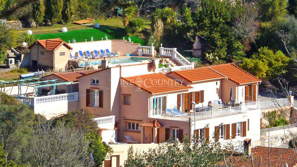 Villa for Sale in Villefranche-sur-mer