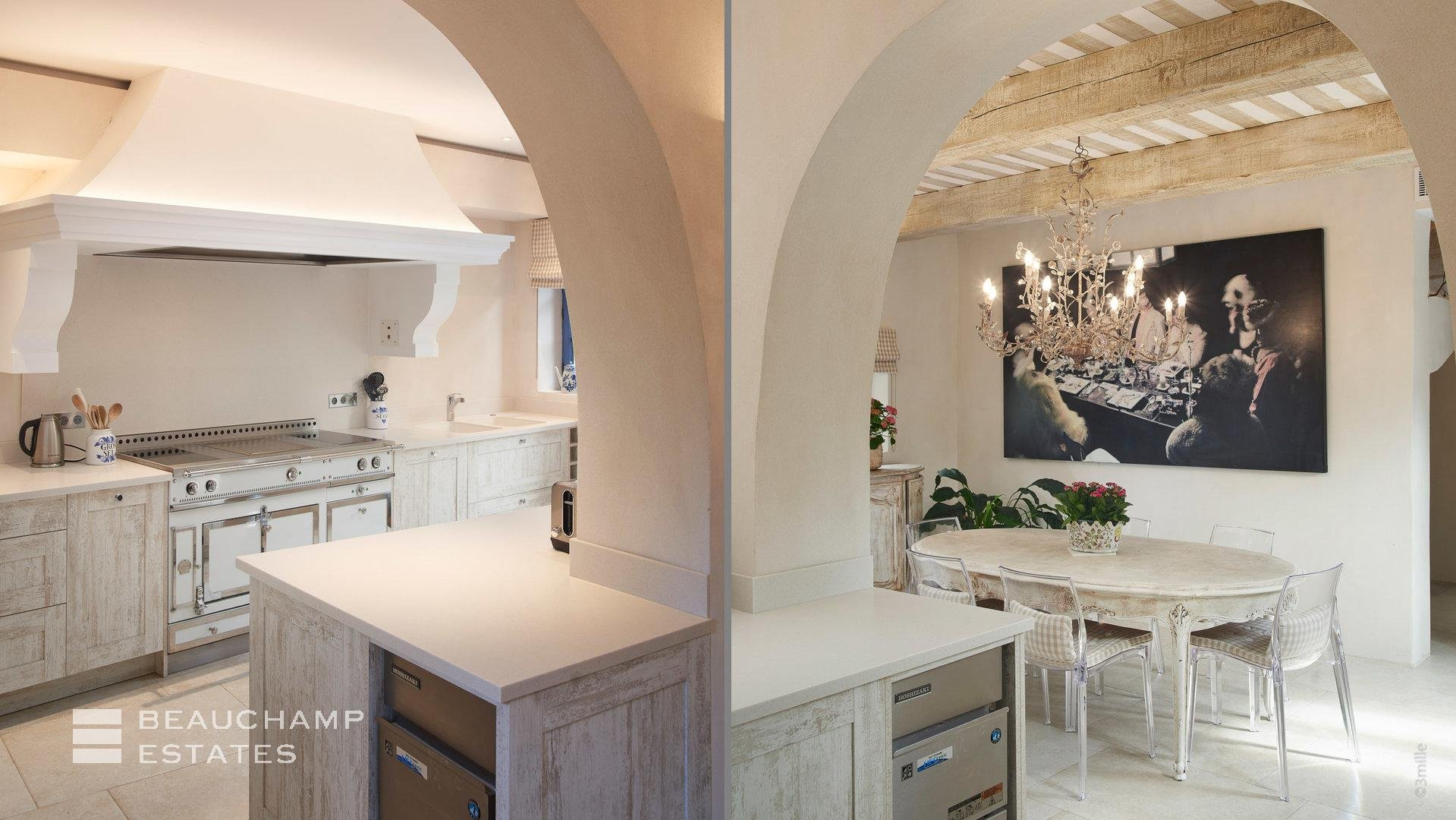 Kitchen island, chandelier