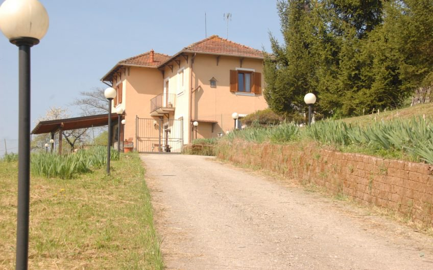 Sale Villa - Cassine - Italy