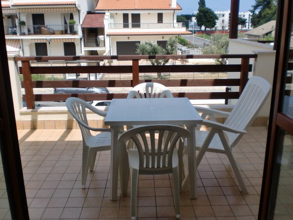 Apartment with 5 min walk to the beach