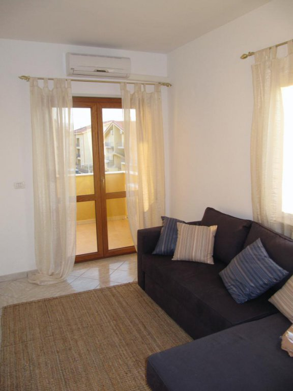 Apartment in gated community - close to the beach - sea views