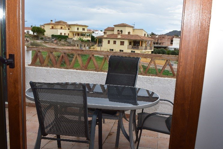 Nice top floor apartment in Palomares