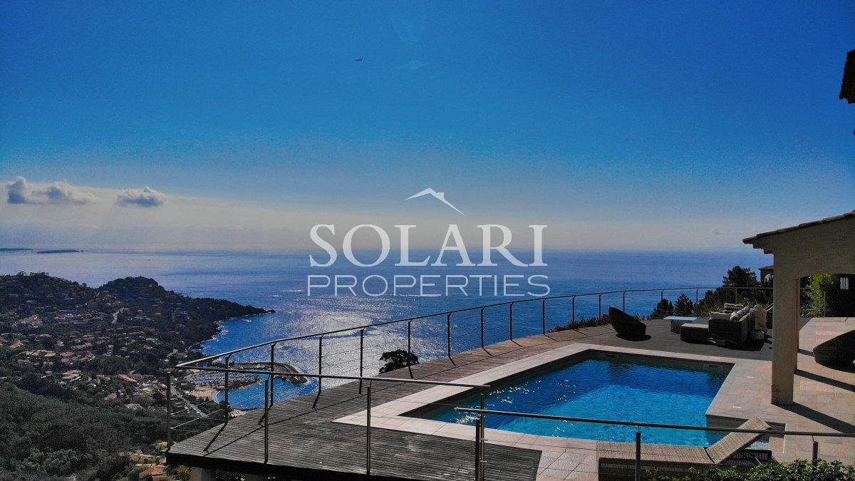 VILLA WITH PANORAMIC SEA VIEW