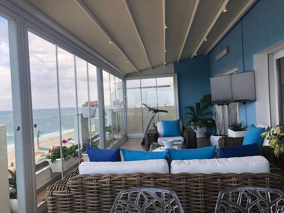 Splendide appartement front mer