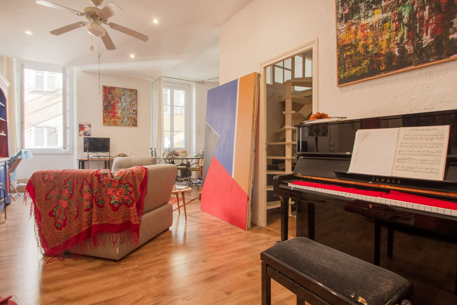 Large two bedroom apartment with balcony in the heart of old Nice