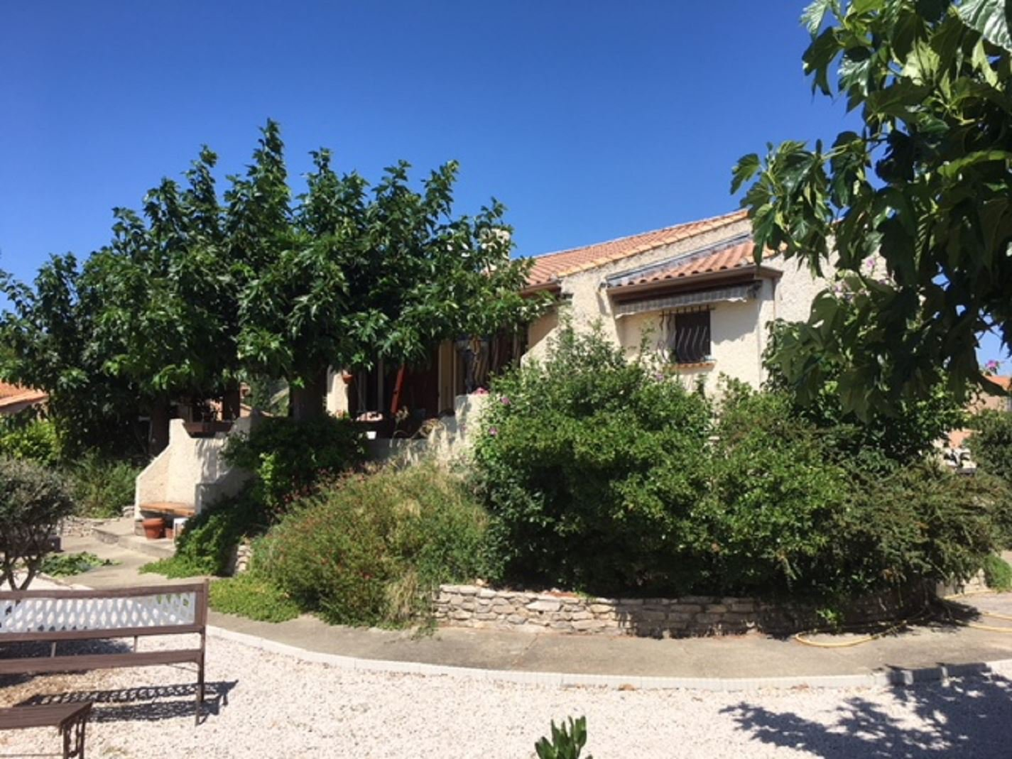 Villa overlooking the Canal du Midi