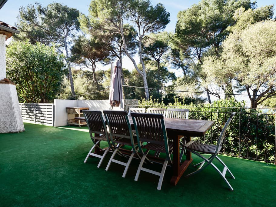 BEAUTIFUL RENOVATED VILLA -CAP D'ANTIBES