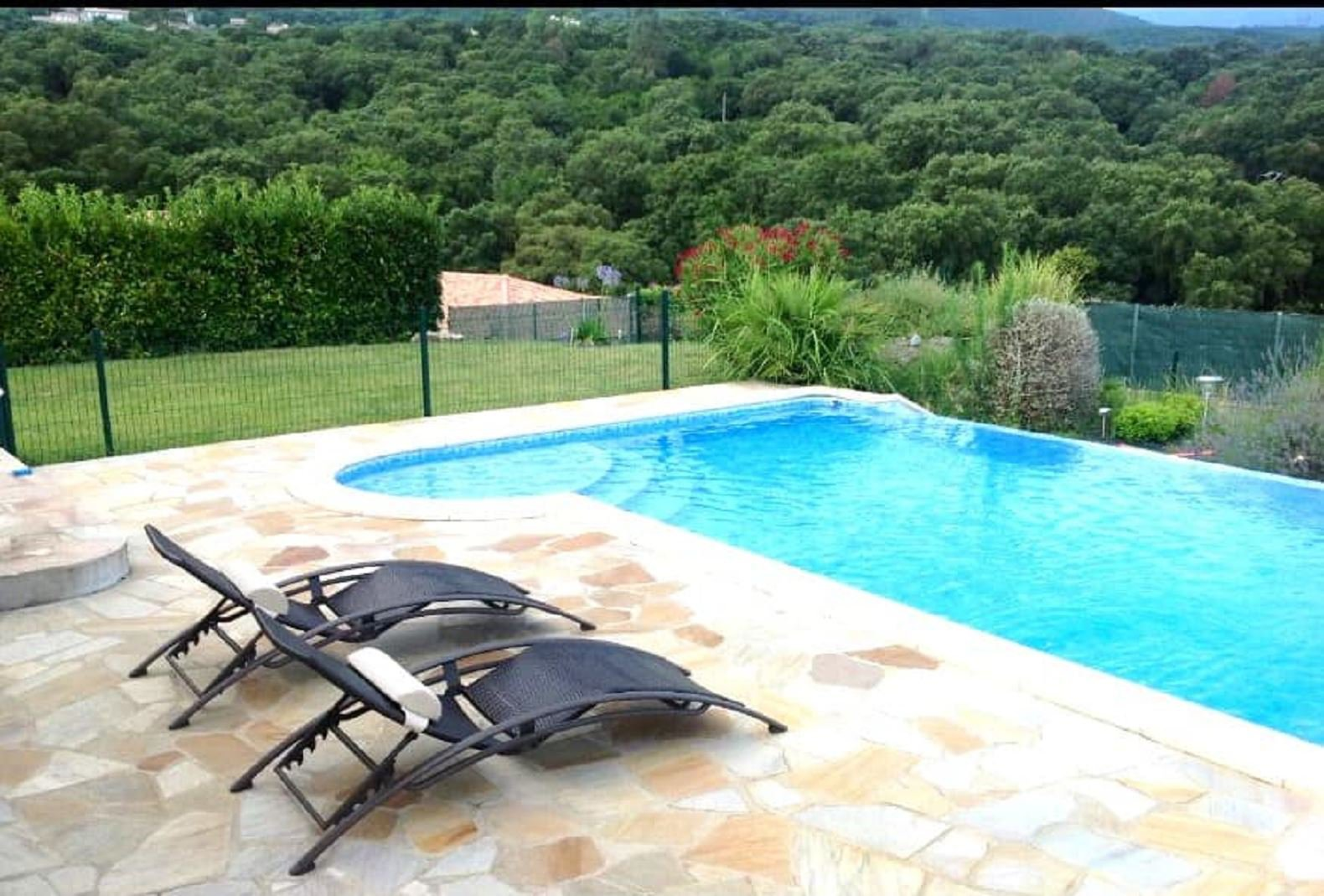 Villa in Corsica with swimming pool