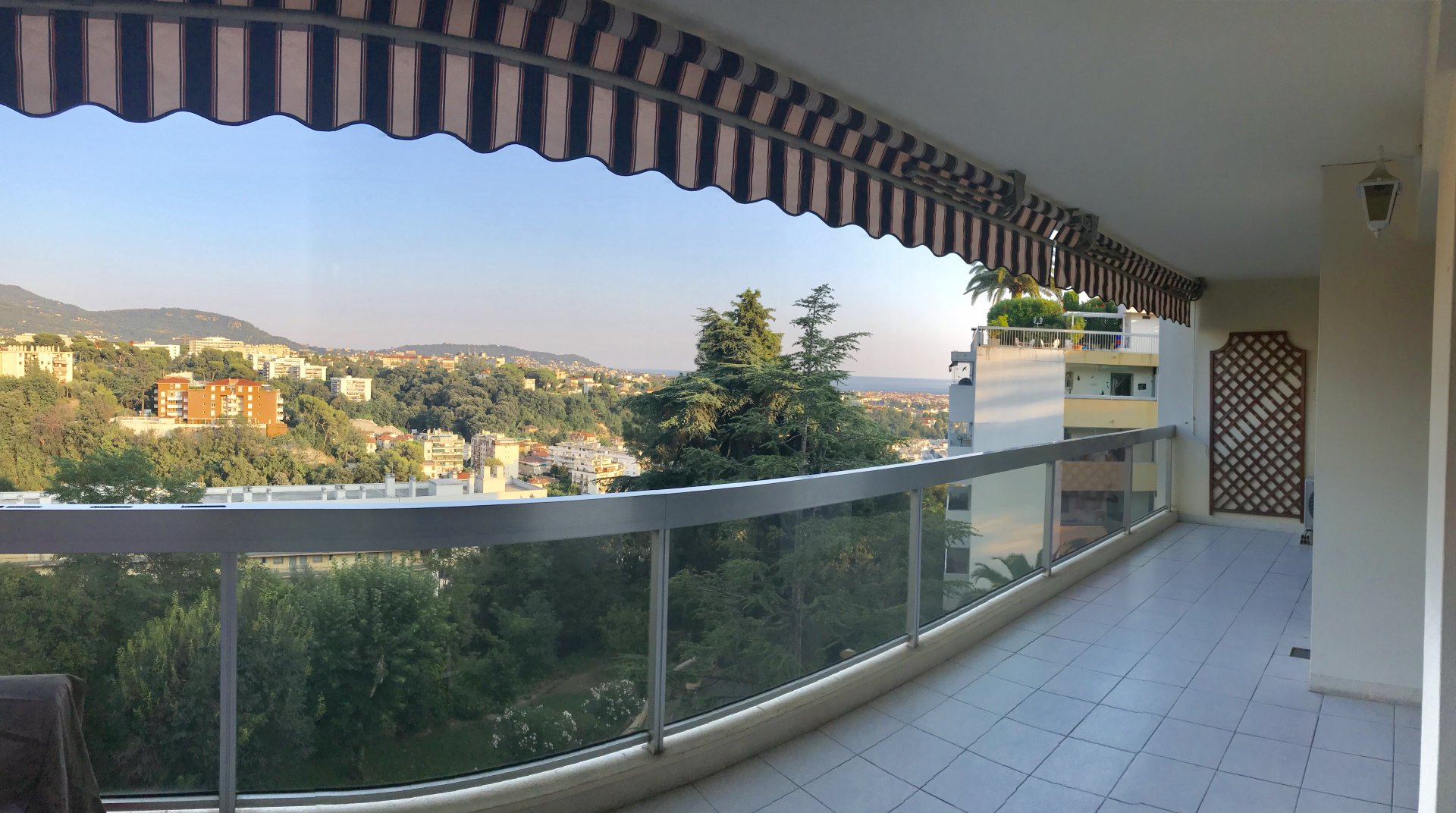 2 Rooms with Terrace - Nice Gairaut district