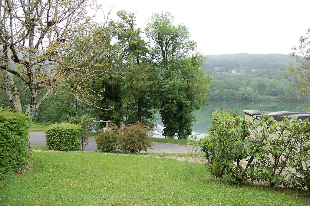 CORREZE - Nice bungalow at the border of the lac du Causse