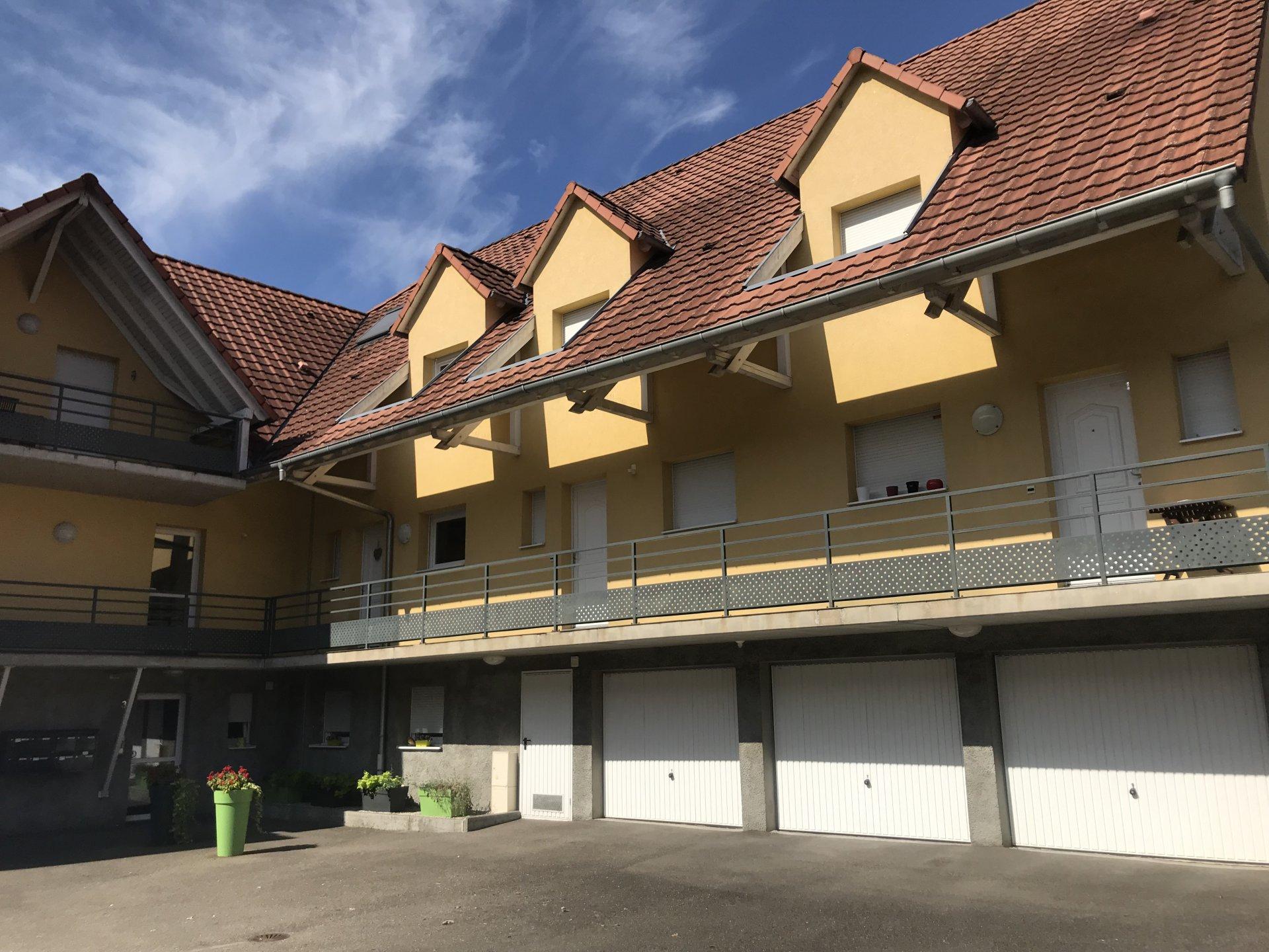 Appartement avec terrasse et garage !