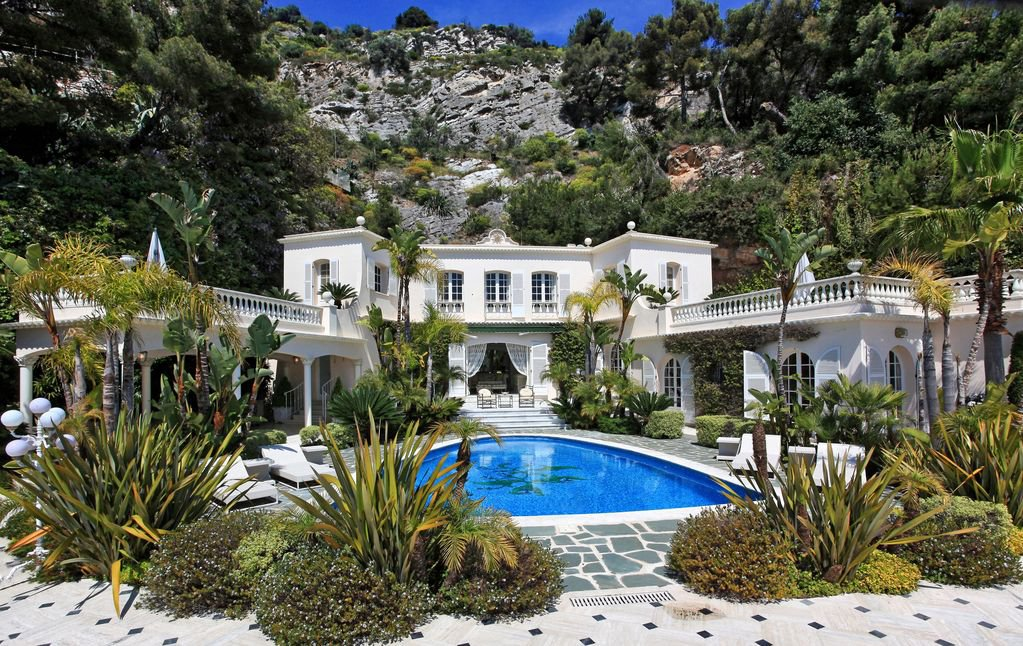 Cap d'Ail - Exceptional villa with panoramic sea view