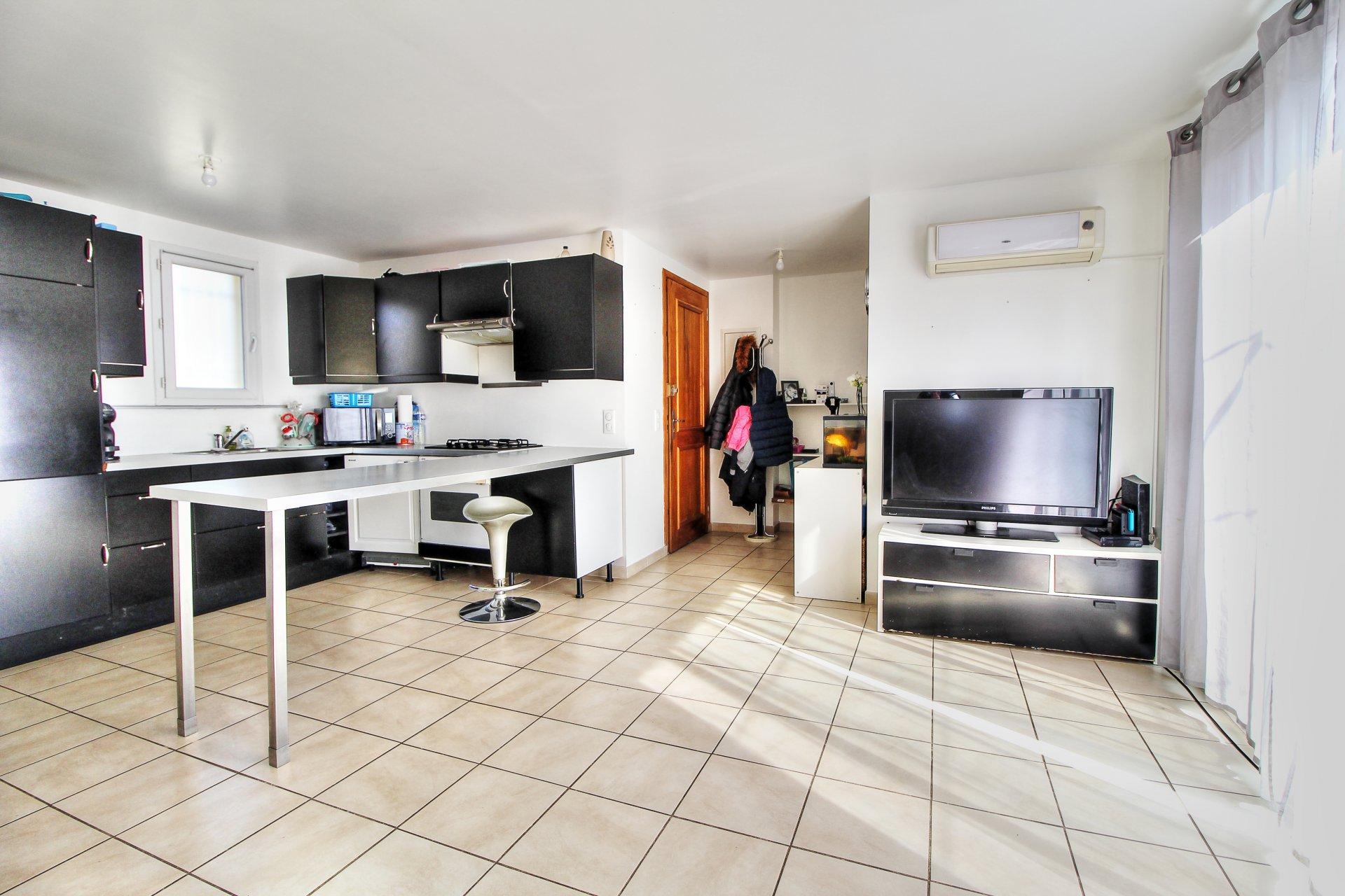 Fayence vente maison 2 chambres avec jardin