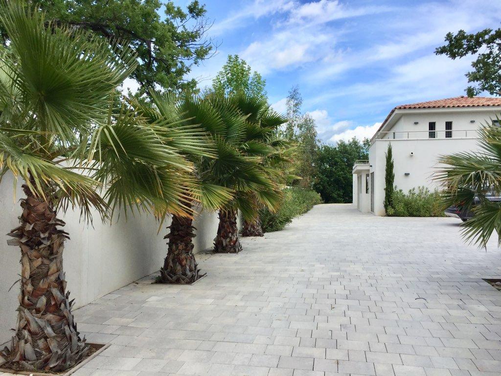 Propriété contemporaine à 5mn centre Aix Pvce