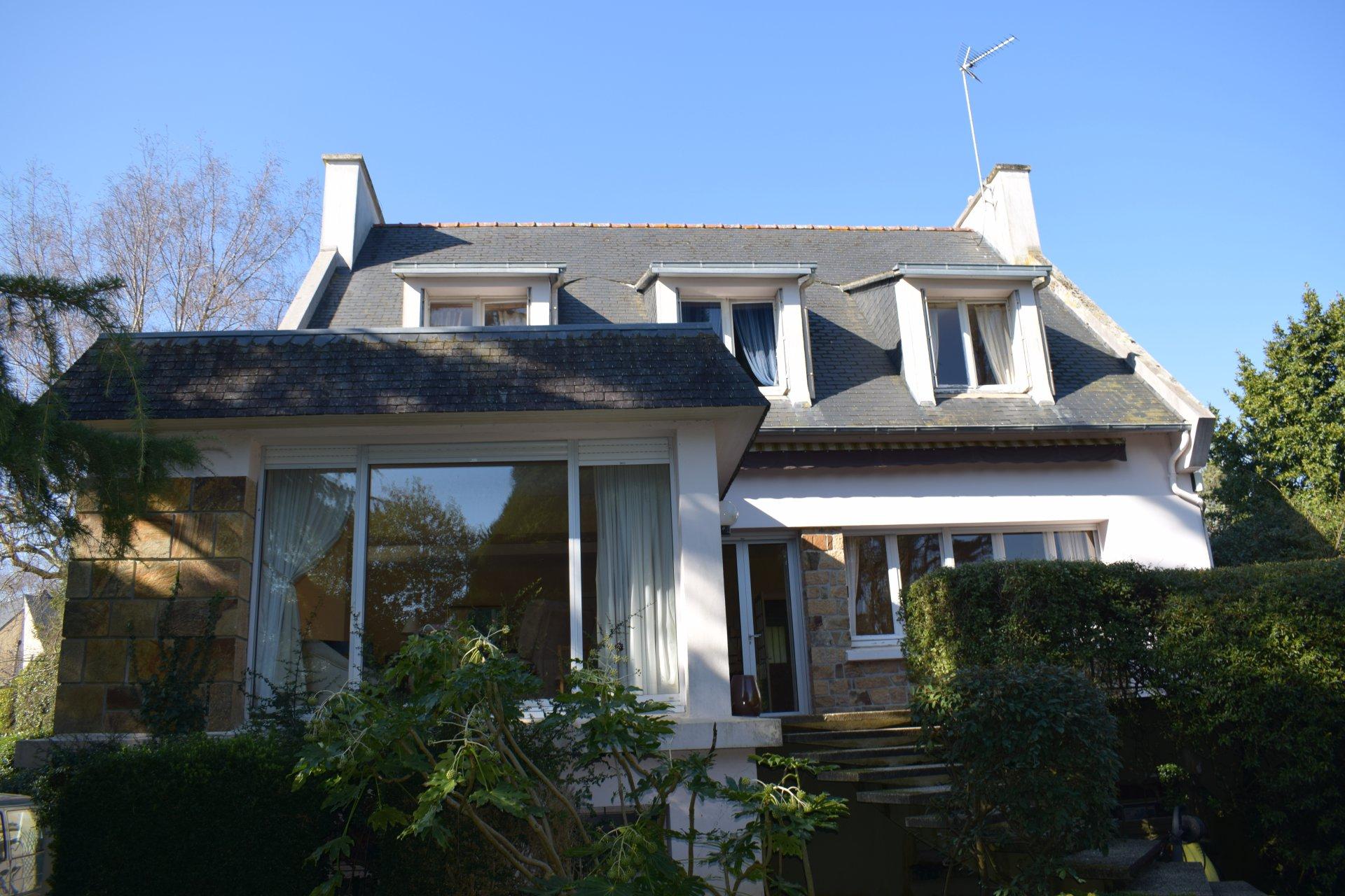 EXCEPTIONNEL - BELLE VUE SUR L'ANSE - PARC ARBORÉ DE 3900 M2