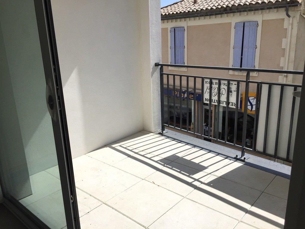T2 Avec terrasse, cellier et parking