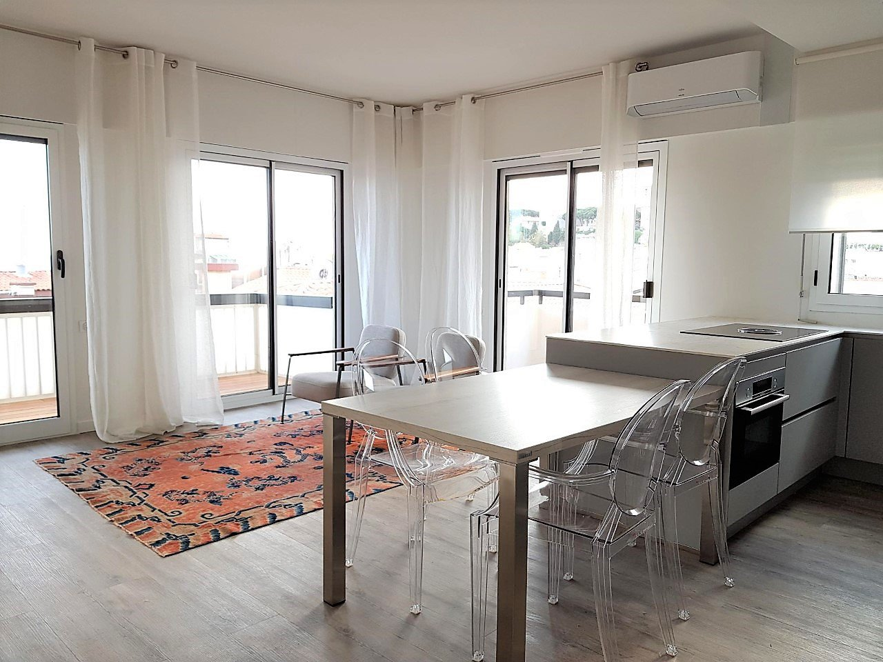Cannes, Meynadier, 2 bedrooms apartment with terraces