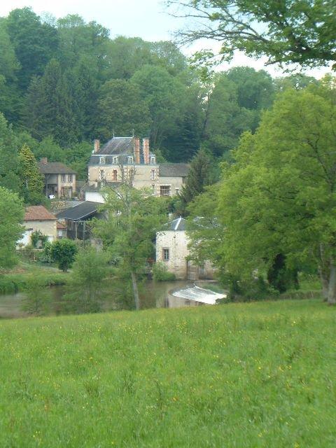 Huis met gîte bij Bussiere Poitevine in de Haute Vienne in de Haute Vienne
