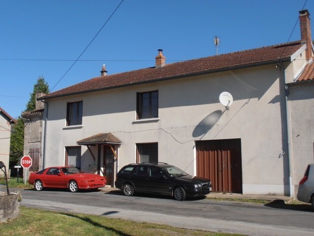 3 Bedroom Family Home with Land Suitable for Building or Small Holding/Equestrian use