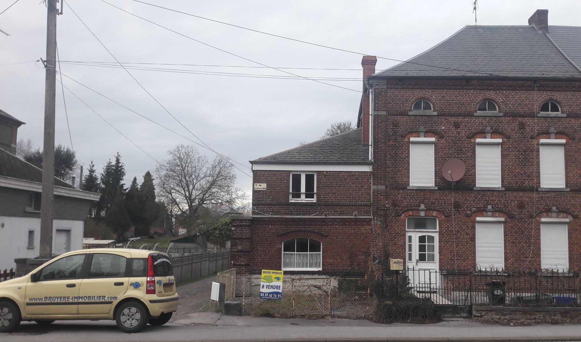 Ensemble de deux maisons à rénover