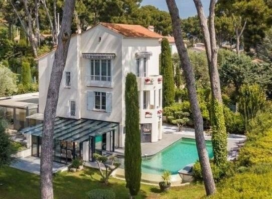 Cap d'Antibes -  Modern villa with sea view
