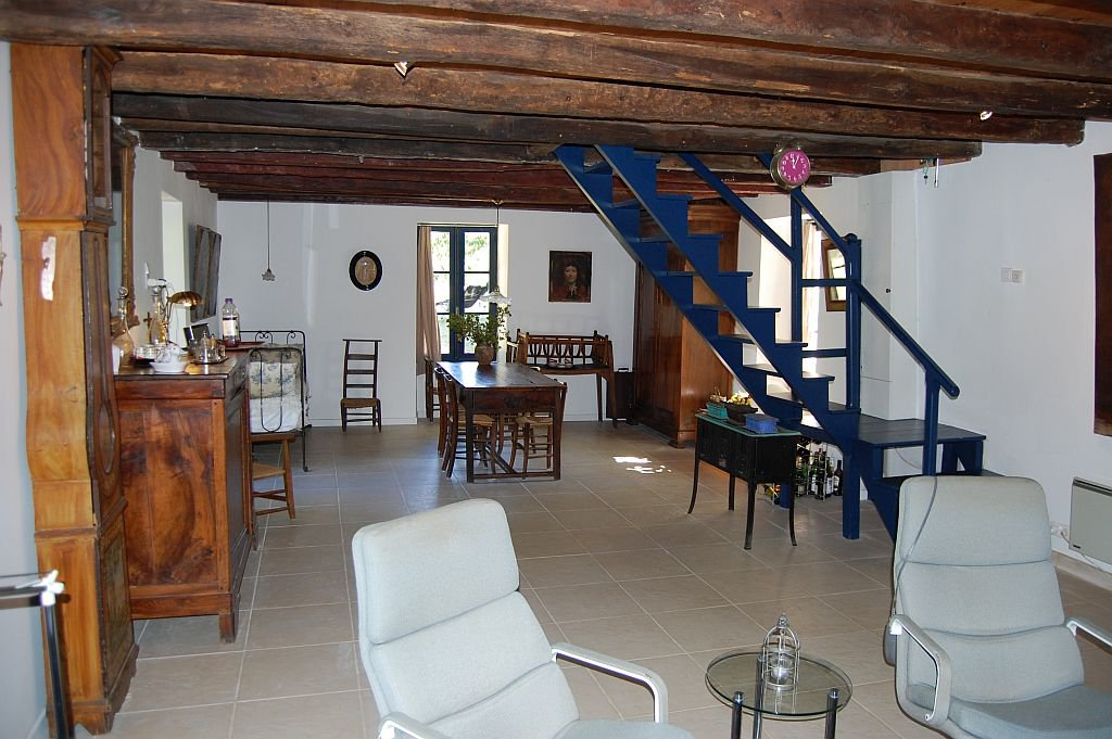 Dordogne - In hamlet, nice countryhouse on  8.033 m2