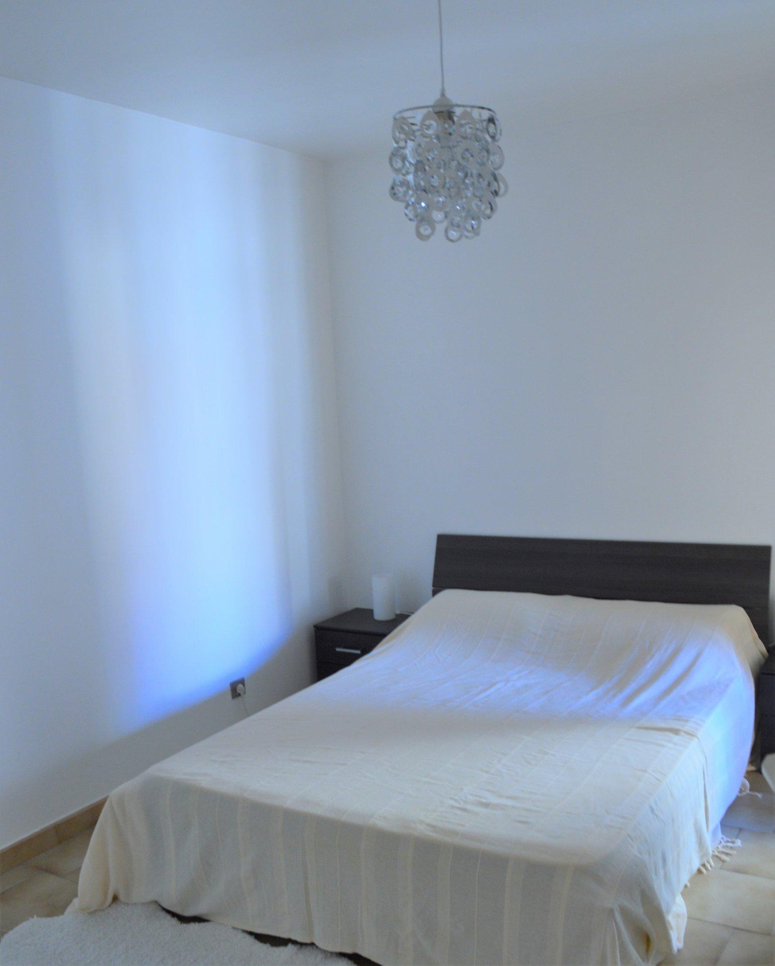 Beautiful 2 Rooms 10 meters from Monaco!