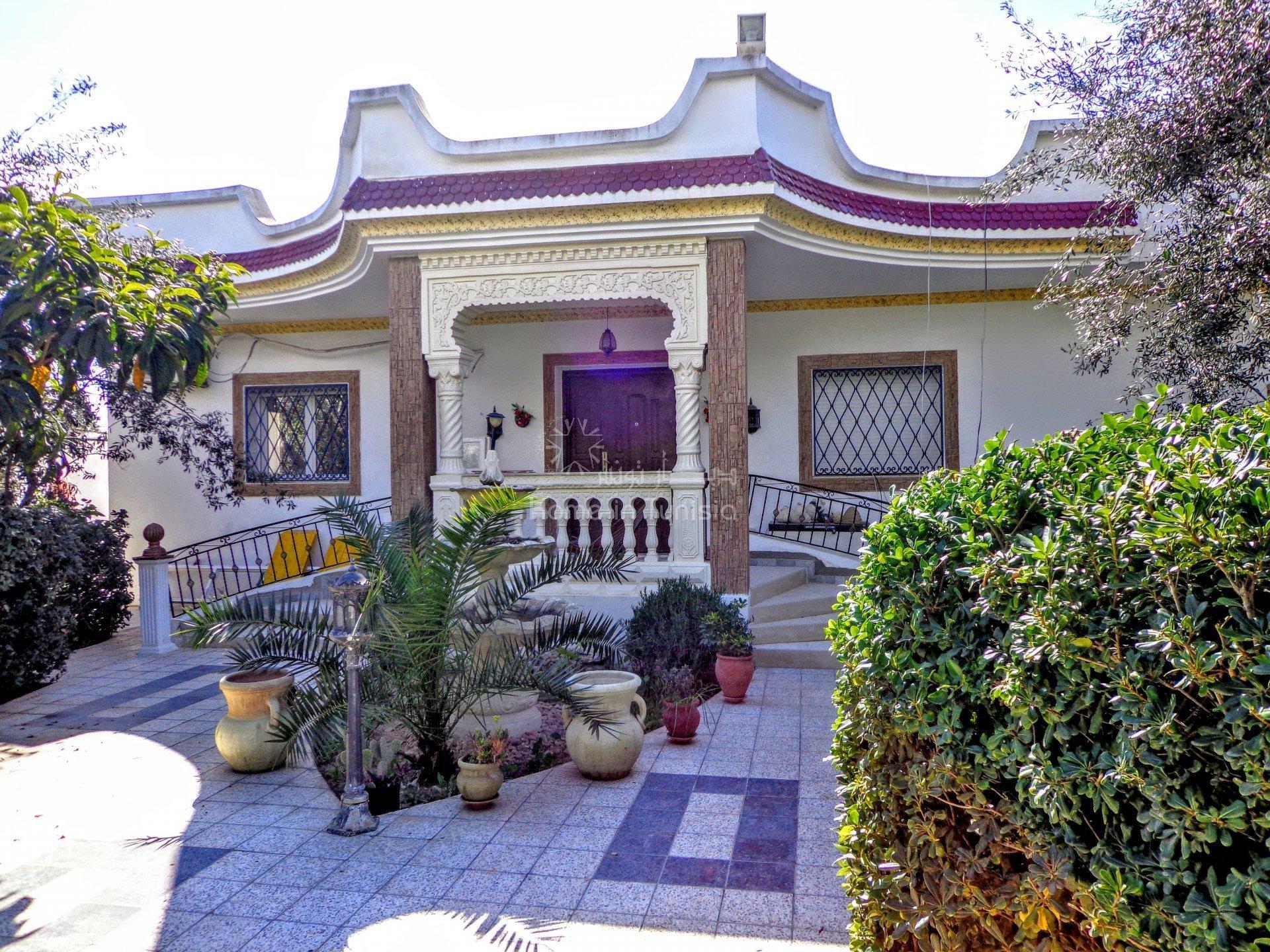 Villa a Hammamet a coté du terrain du golf
