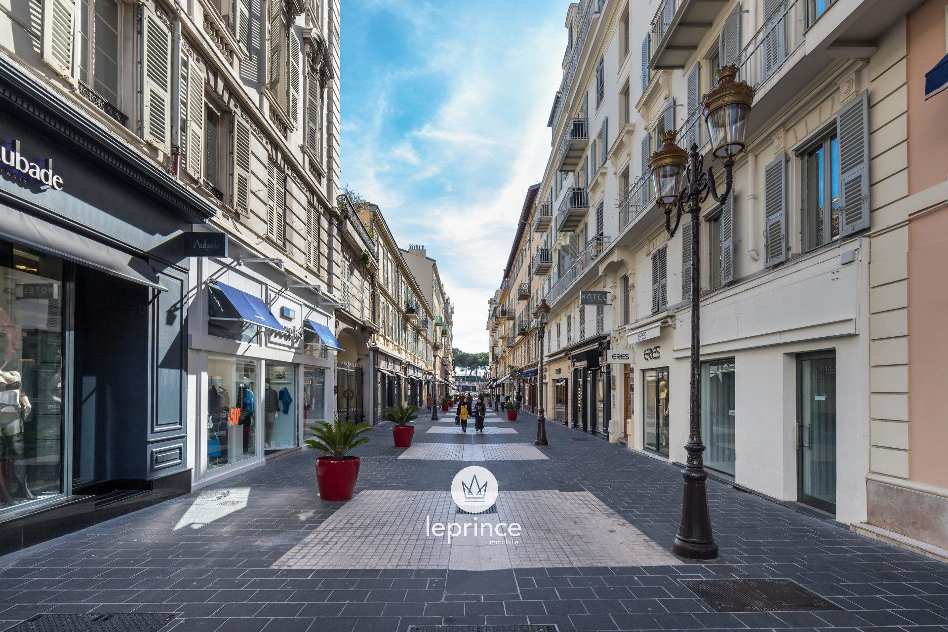 Nice Carré D'or - Rue Paradis - Leasing  Offices 110m2