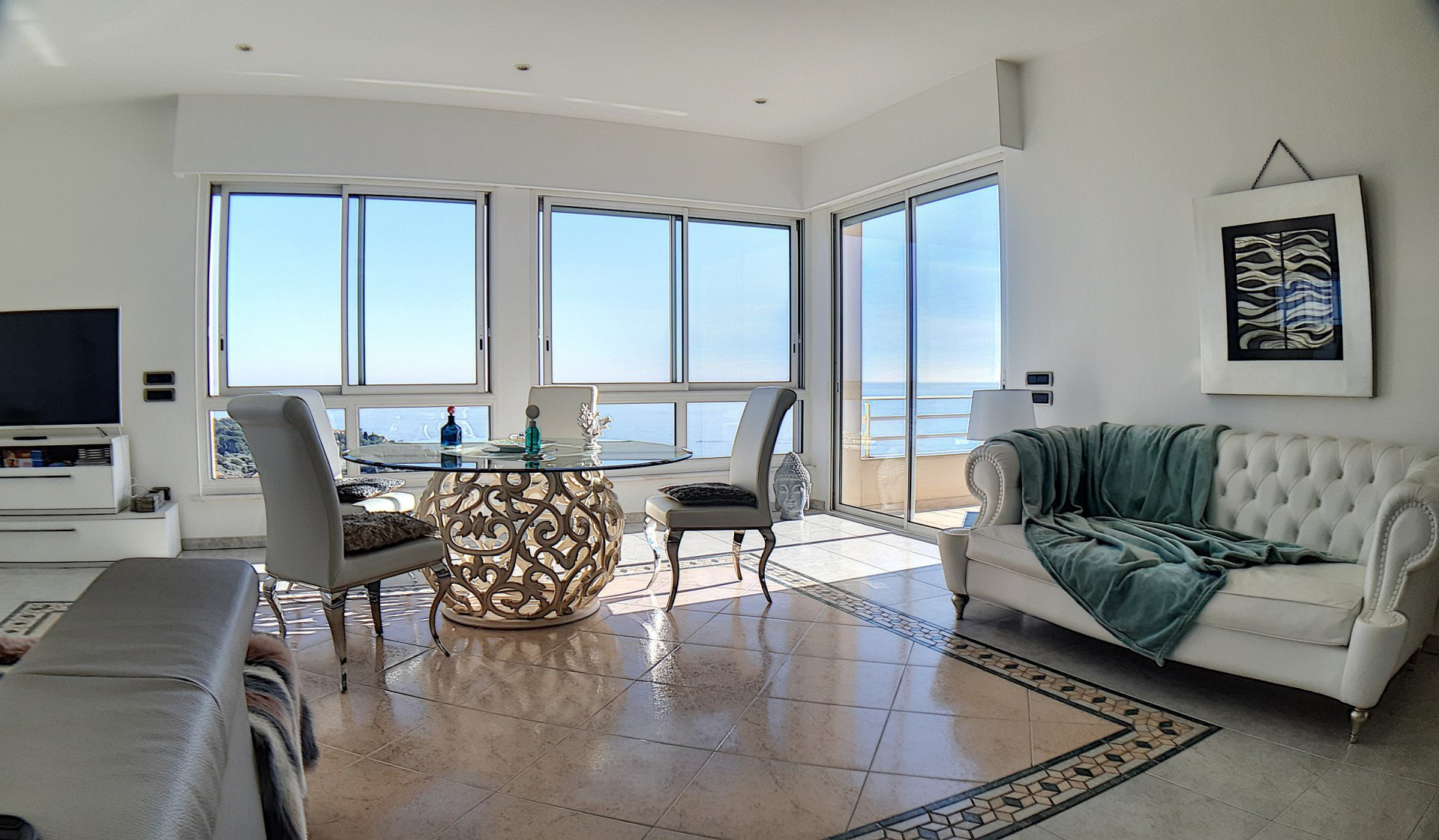Roquebrune Cap Martin. Appartamento-villa, vista panoramica Italia, Cap Martin, Monaco