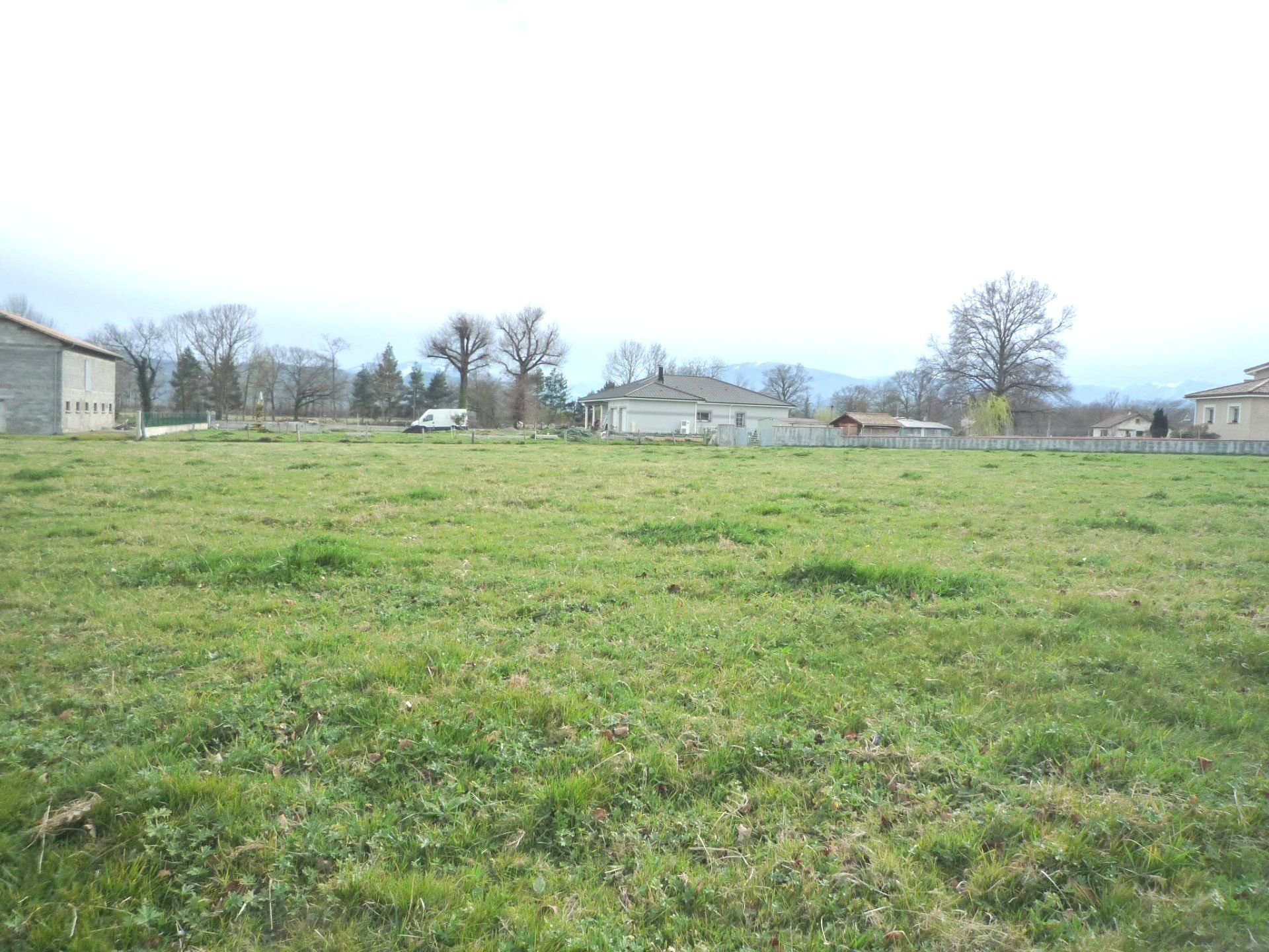 Terrain constructible 1100 m²