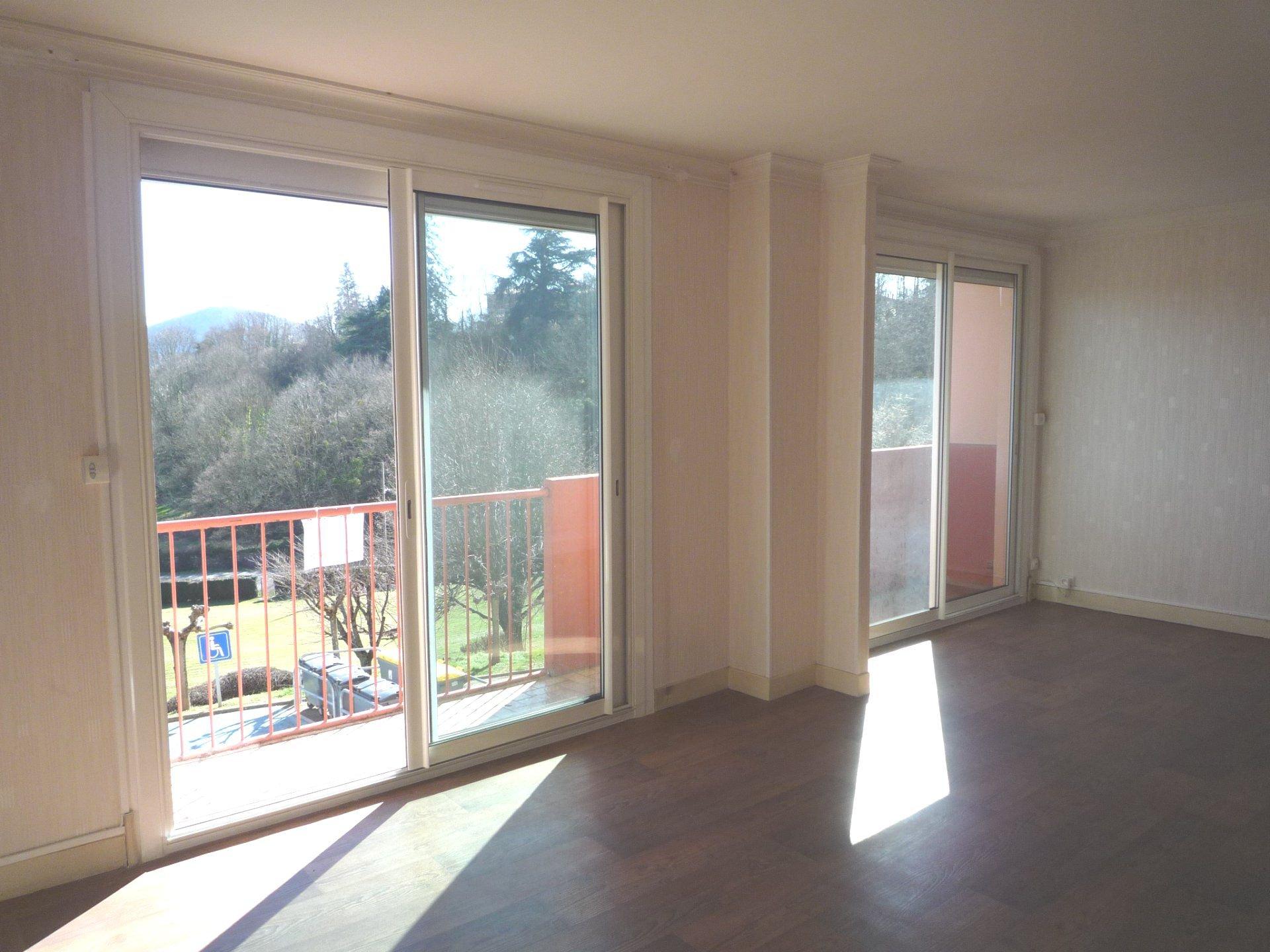 Appartement T3 vue sur les Pyrénées