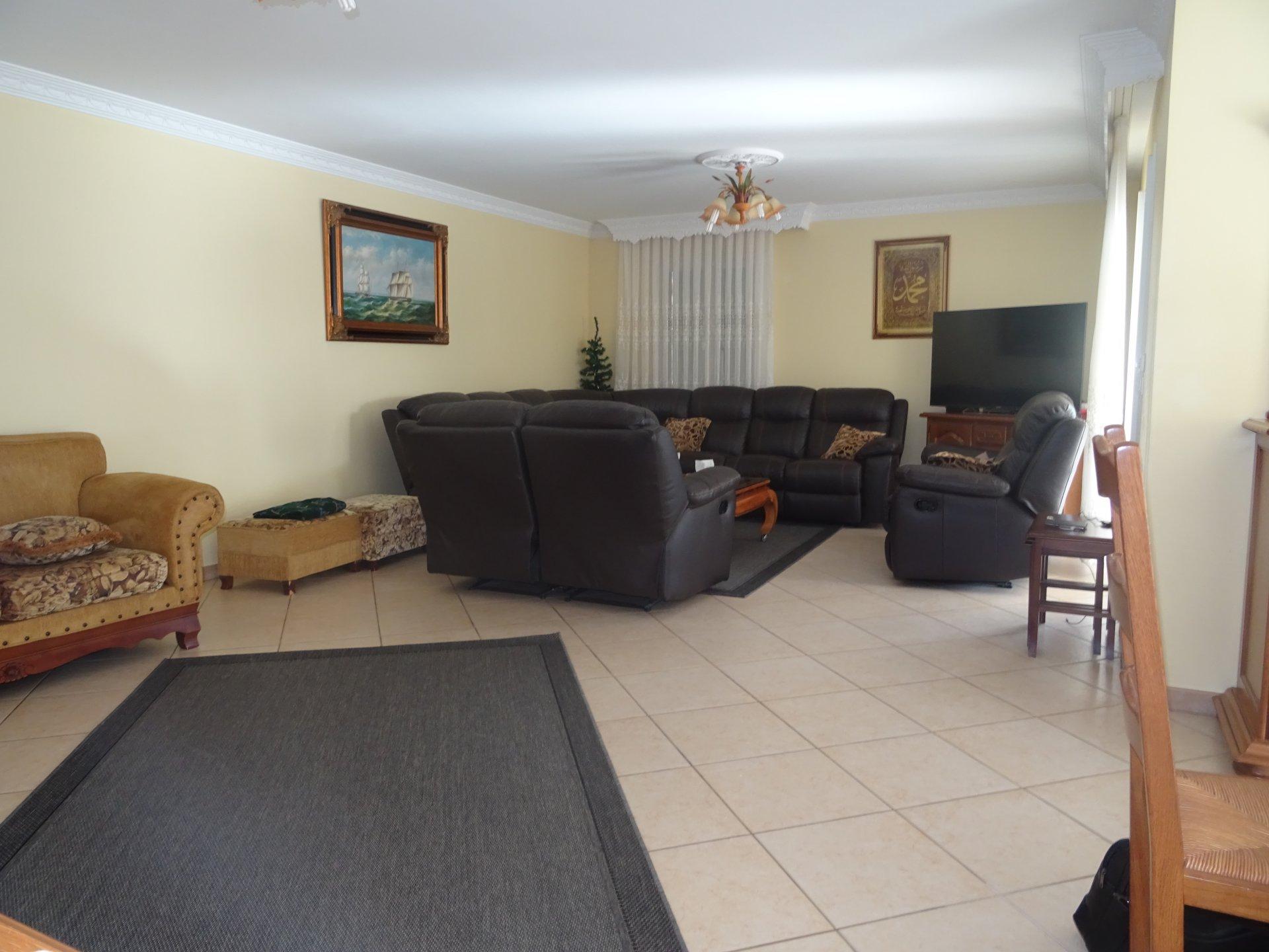 Montelimar, maison 5 chambres 160 m²