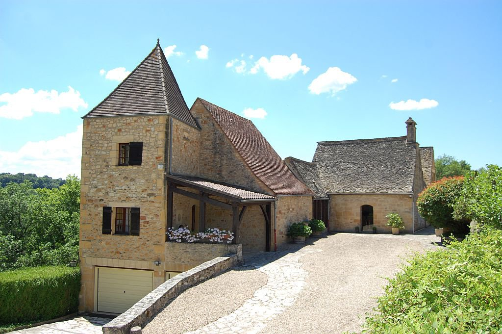 DORDOGNE - Property in the heart of the Périgord noir, splendid views