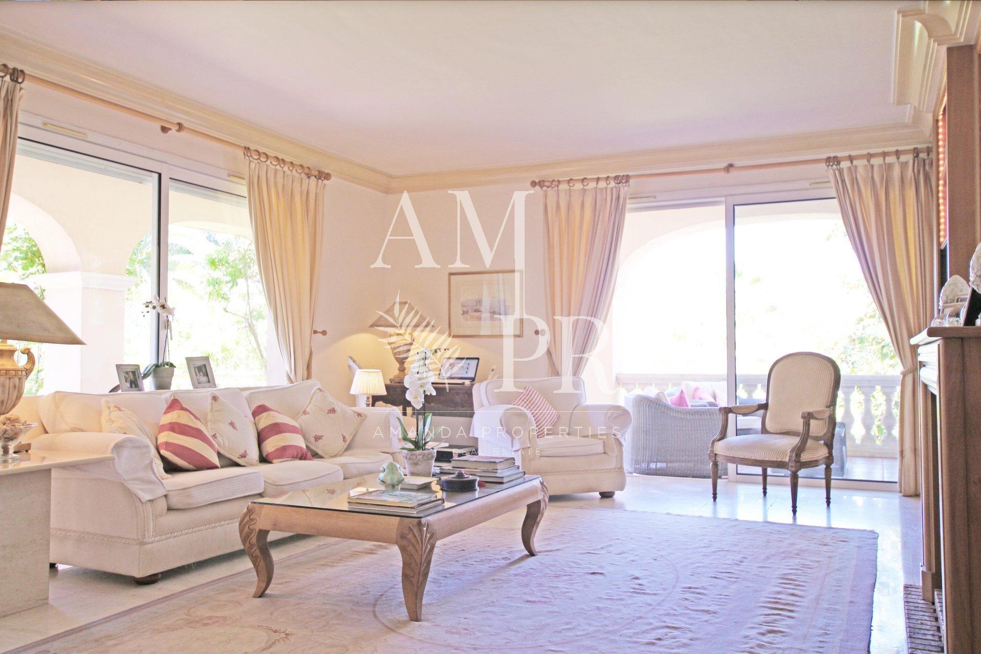 Villa Cannes - Domaine Privé- 4 chambres location saisonnière