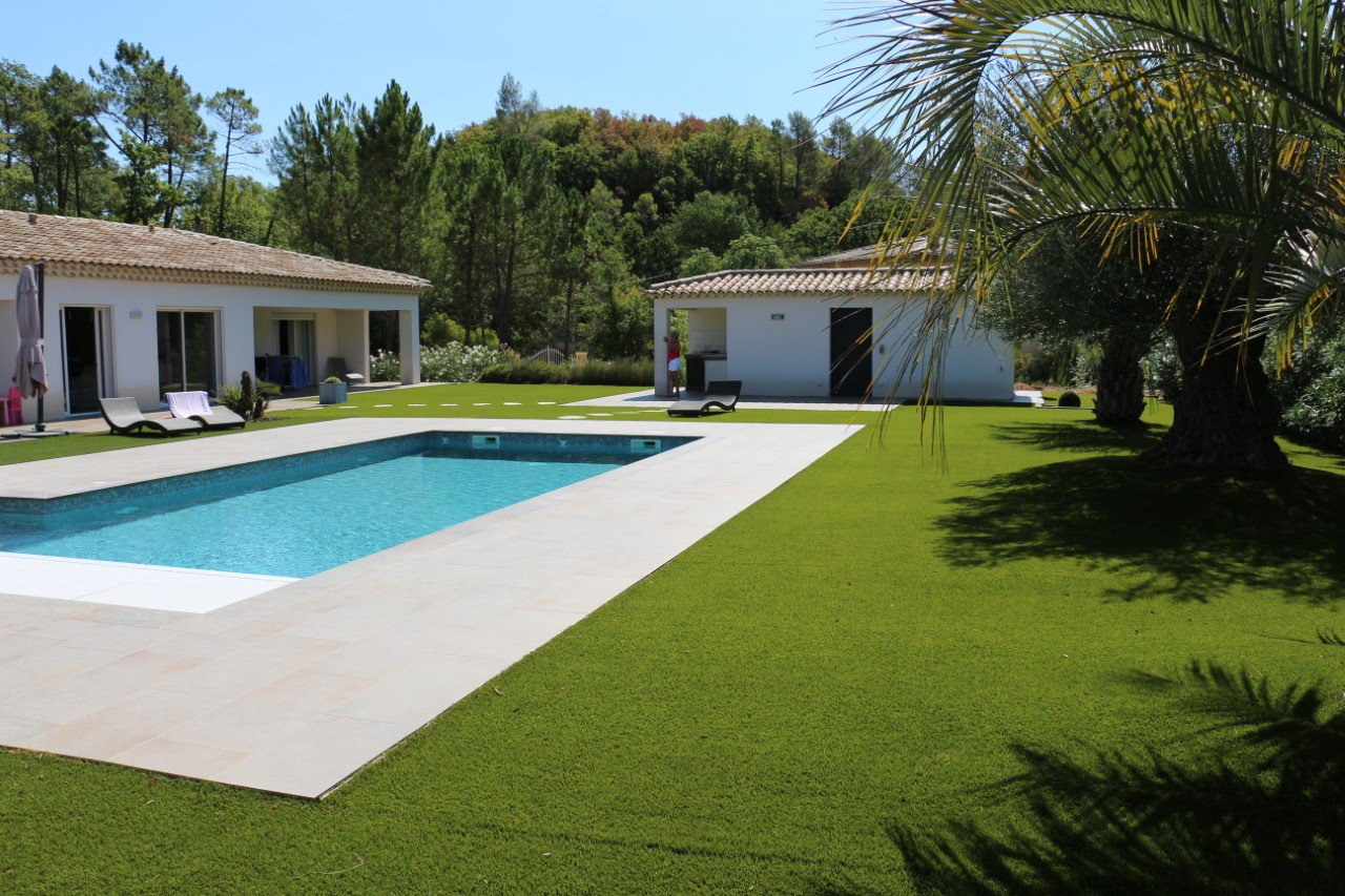Luxury single storey villa 20min from Saint-Raphael