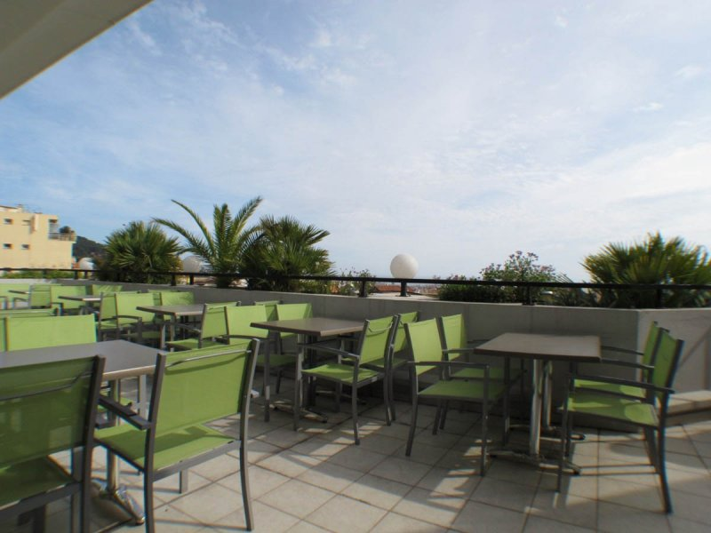 HOTEL RESTAURANT 3* CANNES AREA