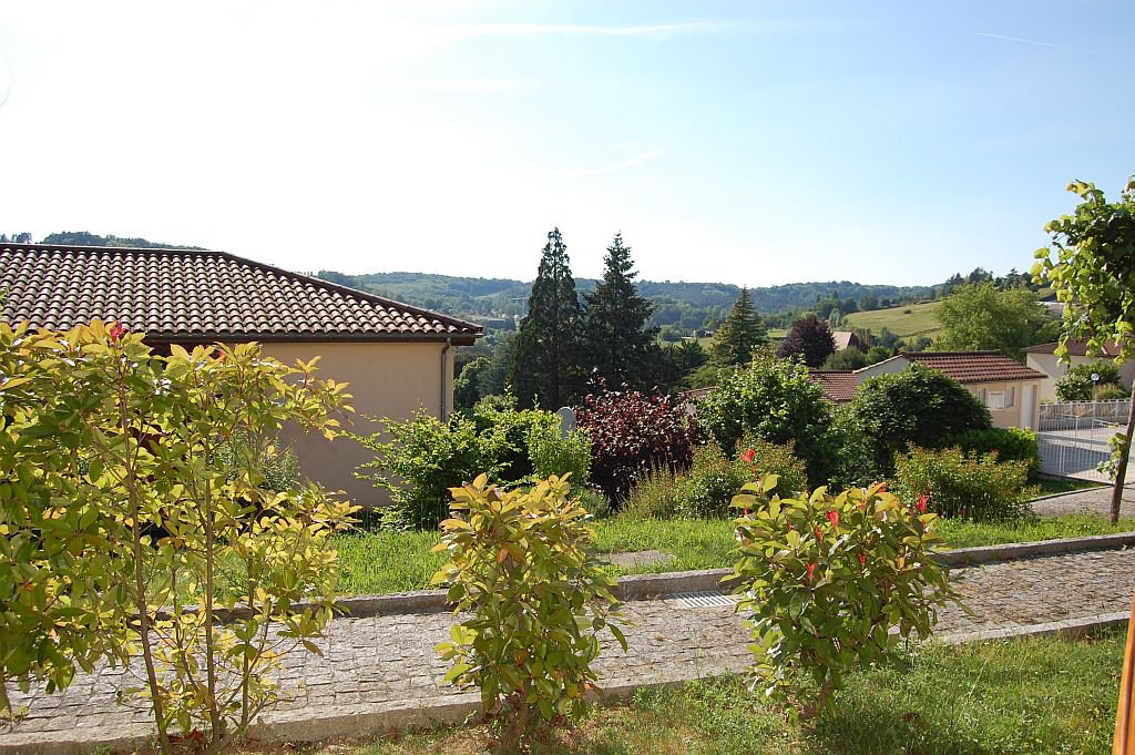 DORDOGNE - Border Sarlat, apartment 3 bedrooms in residence