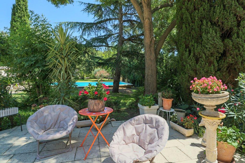 MAISON DE MAITRE - LA COMMANDERIE - MARSEILLE 13012 - TYPE 7 de 170 m² sur 2100 m² - Piscine - Cuisine d'été - Garages
