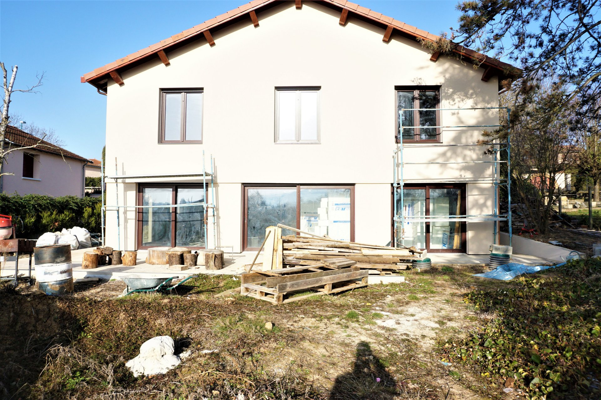 House 270 m² on 1450 m² of garden