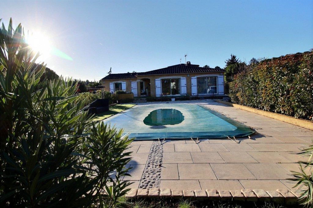 VILLA PLAIN-PIED - LA BOUILLADISSE - 13720 - TYPE 5 de 130 m² plus pièce indépendante sur 1003 m² de terrain - Piscine - Vue collines