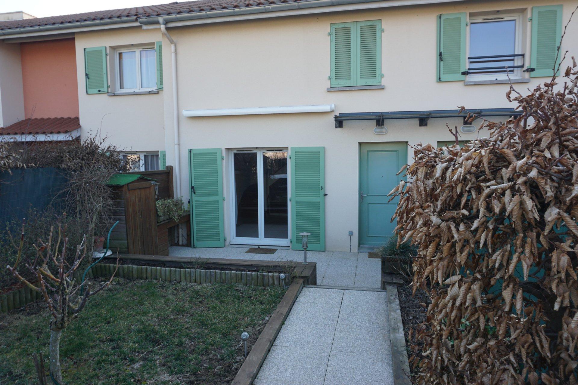 T4 de 92 m² avec jardin